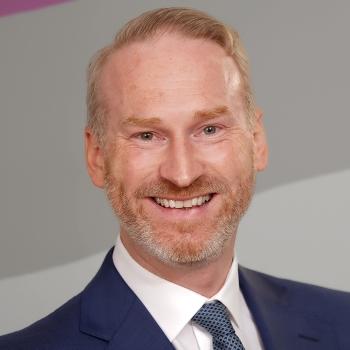 Dr. Frederik Gottschalck